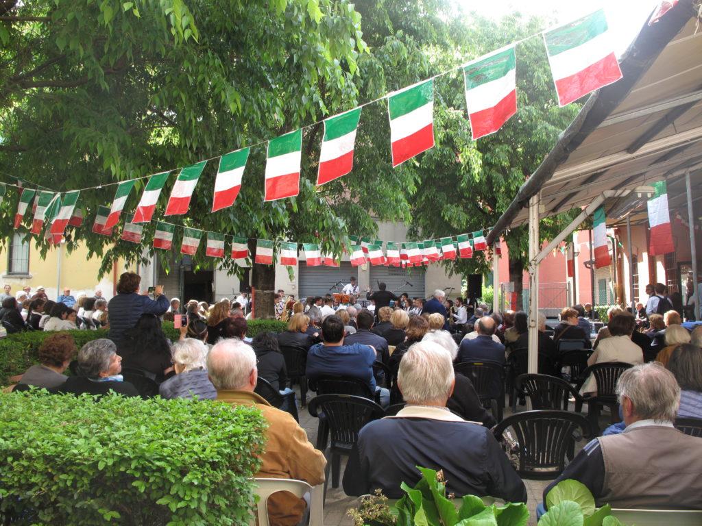 Radici di futuro pubblico centro sociale Cassanelli