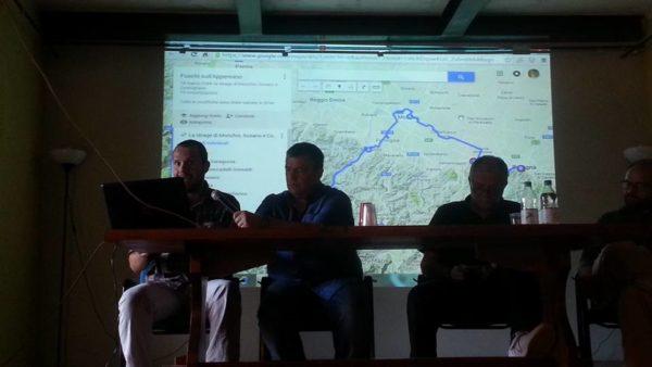 Daniel Degli Esposti interviene durante la presentazione dell'Atlante stragi nazifasciste a Montefiorino.