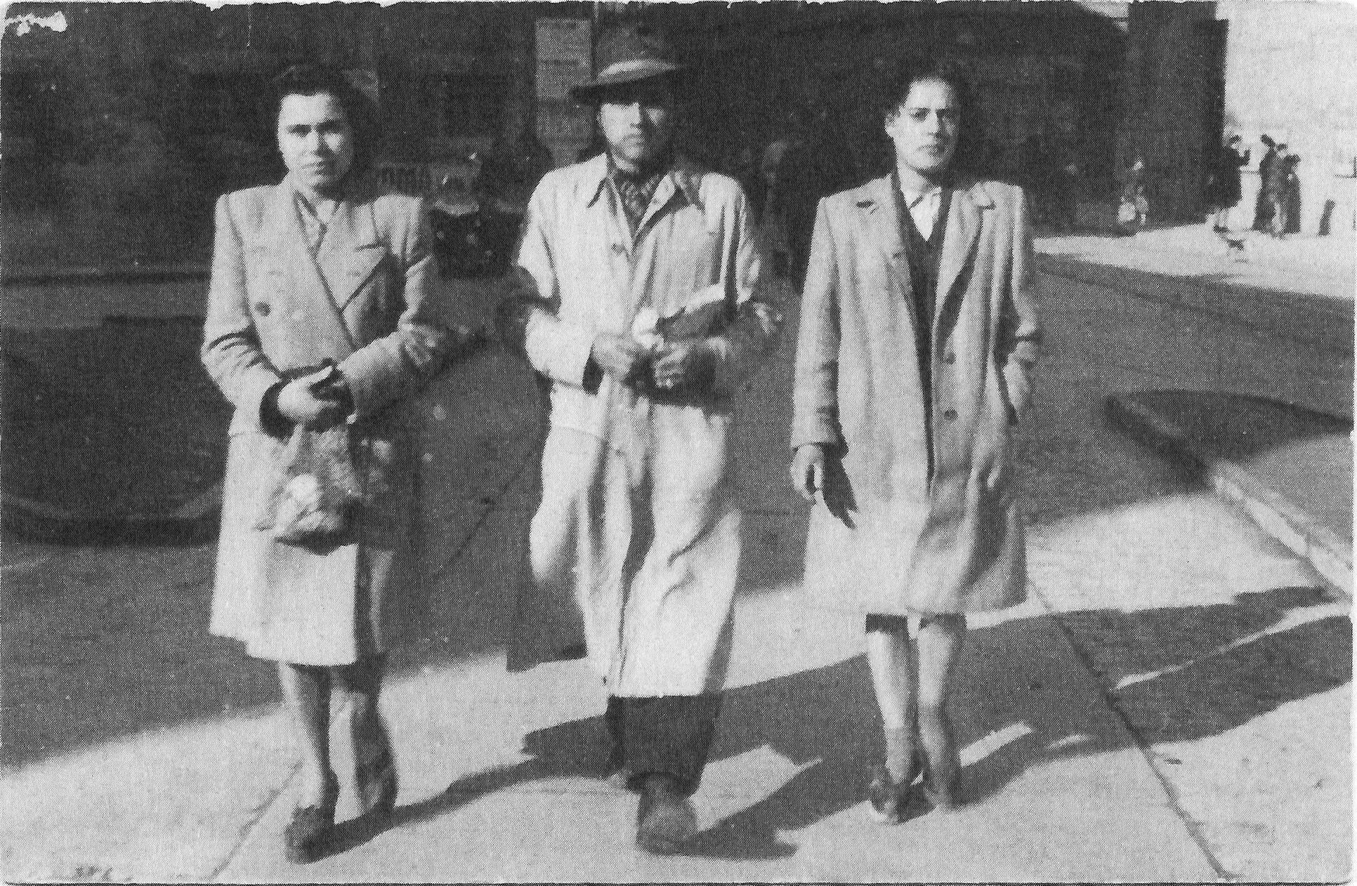 storia di Spilamberto: Il partigiano Giovanni Sola insieme a due compagne. Foto ANPI Spilamberto.