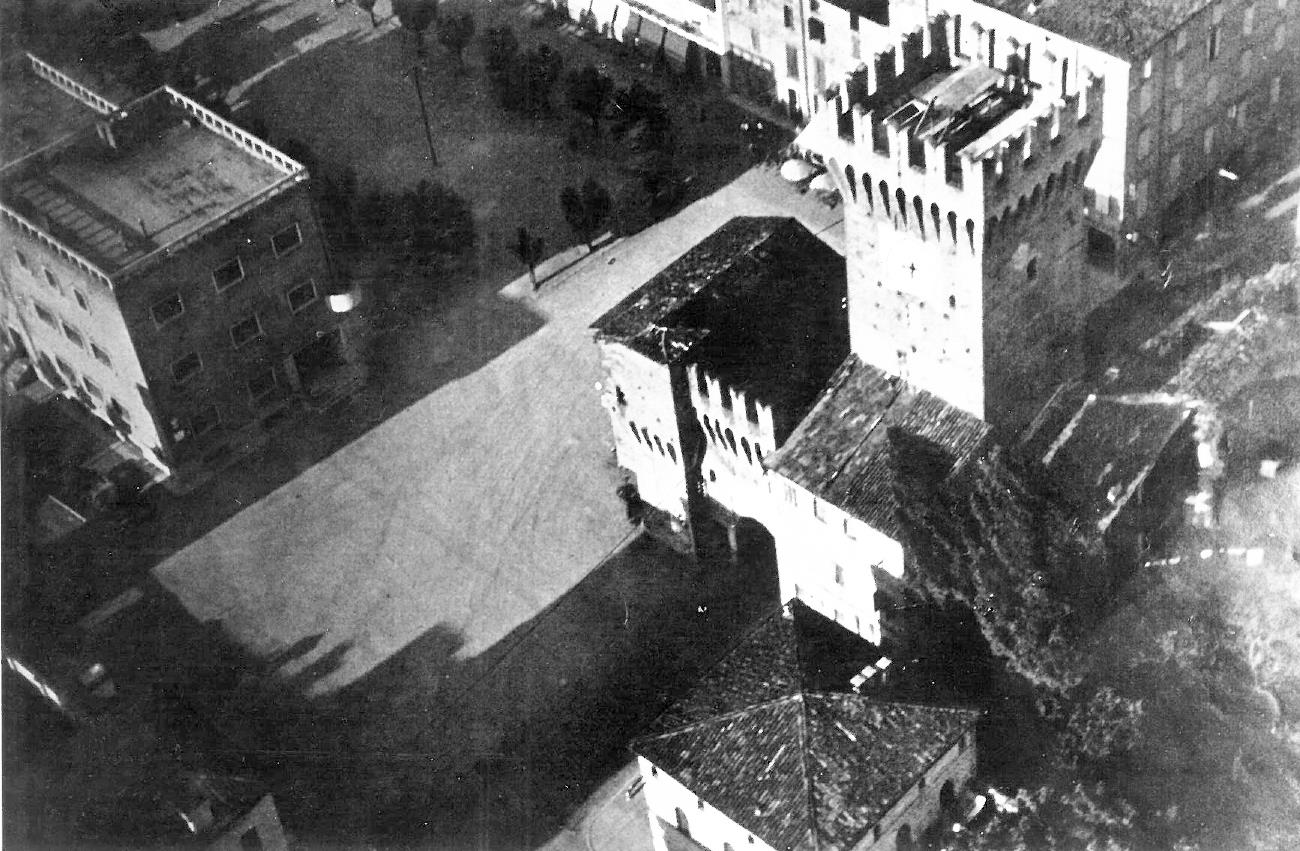 Storie di Resistenza: Il torrione e la piazza di Spilamberto negli anni del secondo dopoguerra