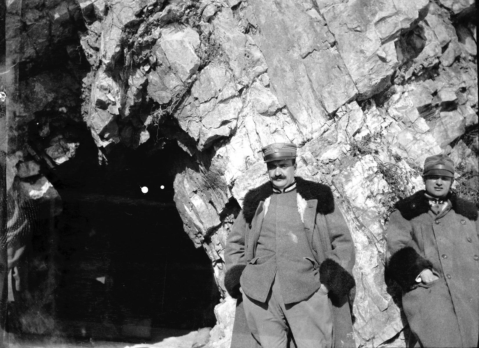 Grande Guerra sul Pasubio. Foto scattata da Vaifro Agnoli nel 1918