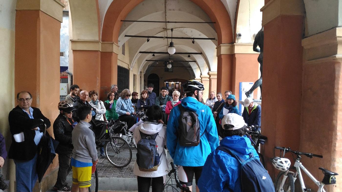 1° maggio 2018, partenza della pedalata sulla storia del lavoro a Sassuolo nel dopoguerra