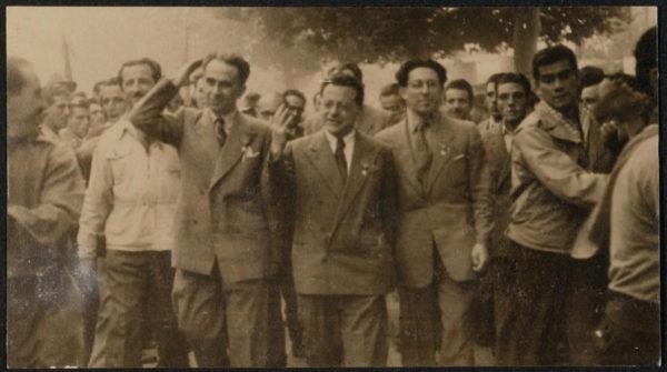 Foto dal fondo Tonini - Biblioteca civica d'arte Luigi Poletti (Modena) - dalla Resistenza alla Repubblica