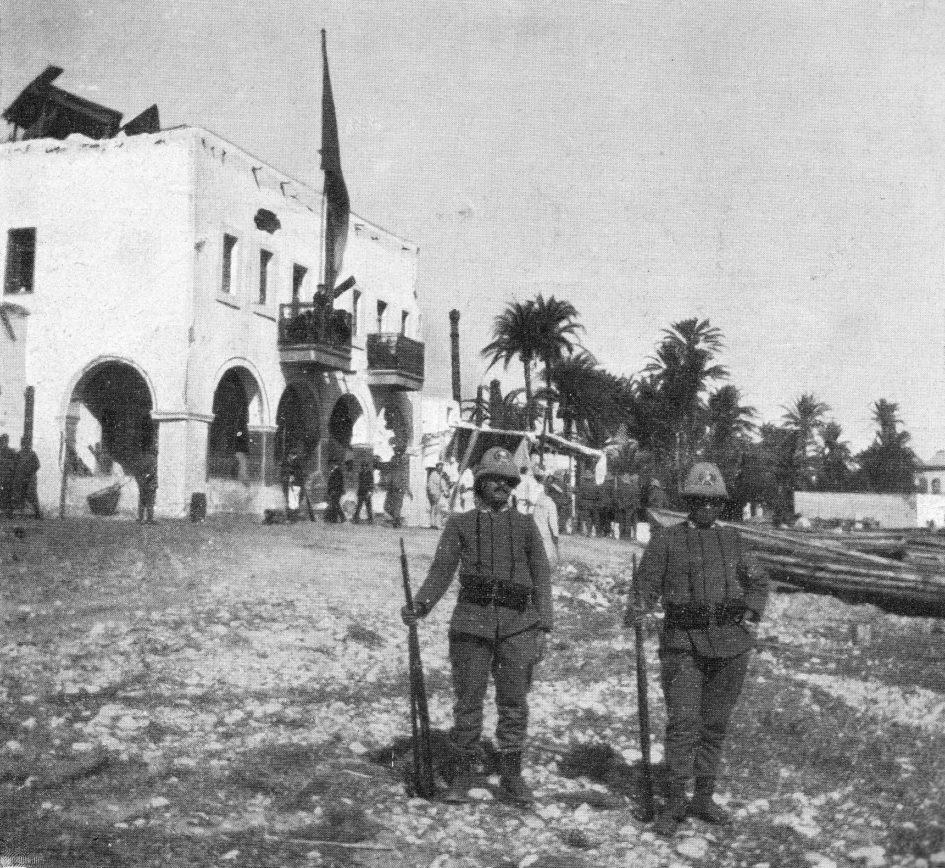 1911: comando italiano nel porto di Derna