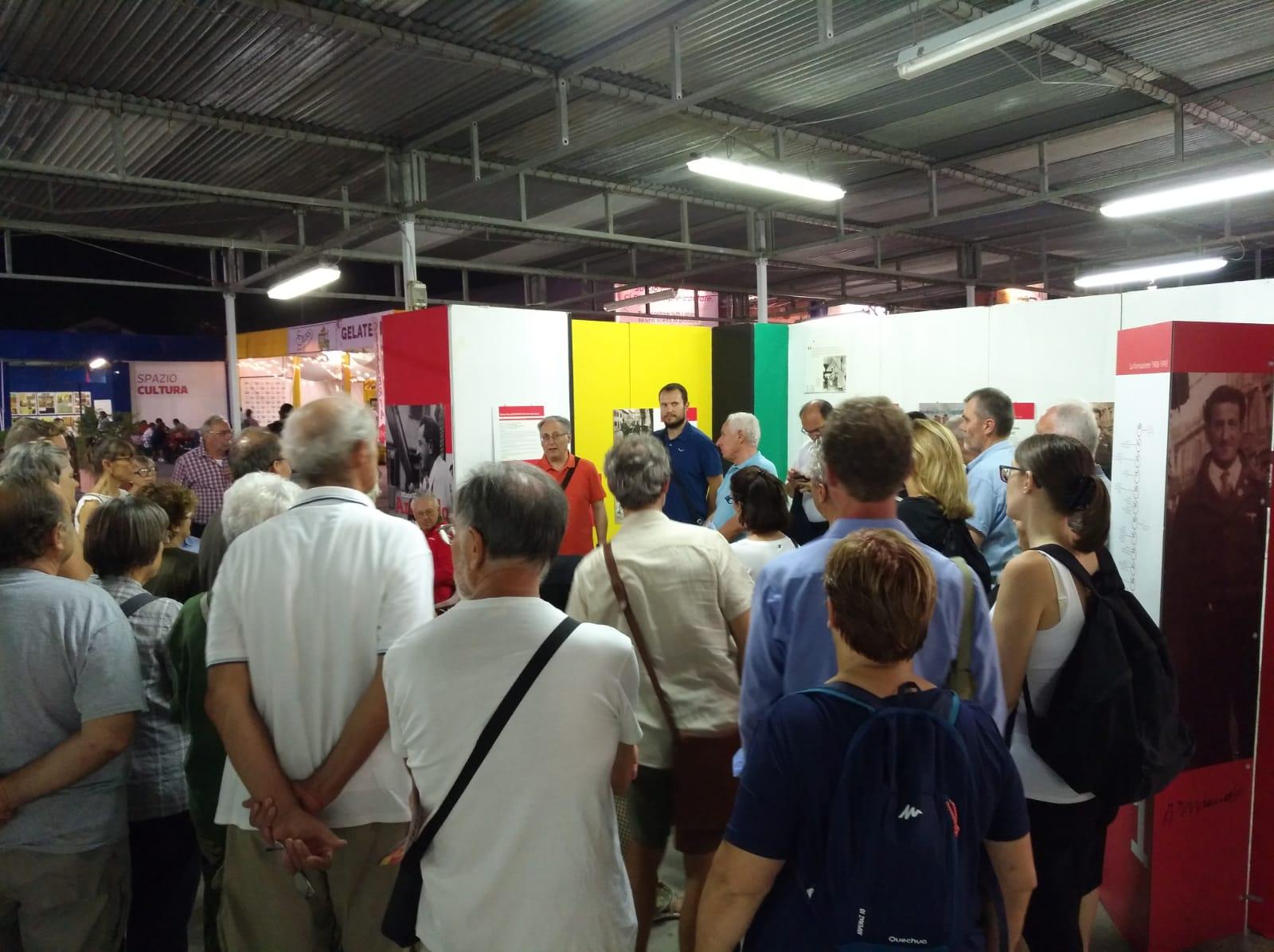 Visita guidata alla mostra presso la Festa de l'Unità di Modena - con Armando nel cuore