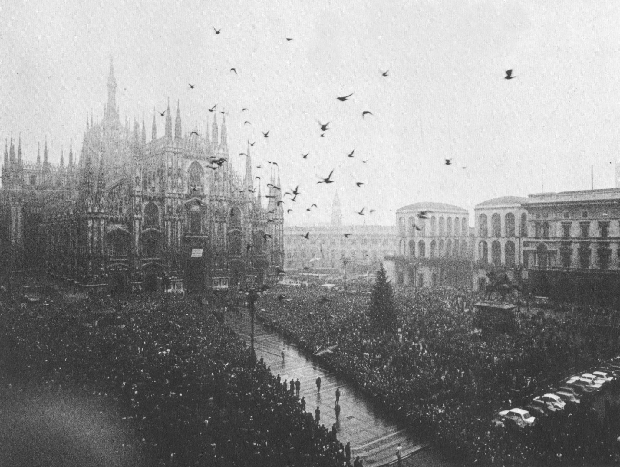 Strategia della tensione - funerali vittime piazza fontana