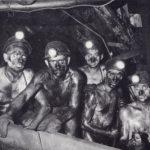 Minatori al lavoro in Pennsylvania. Diversi protagonisti dell'emigrazione italiana sono costretti a intraprendere questo tipo di mestiere