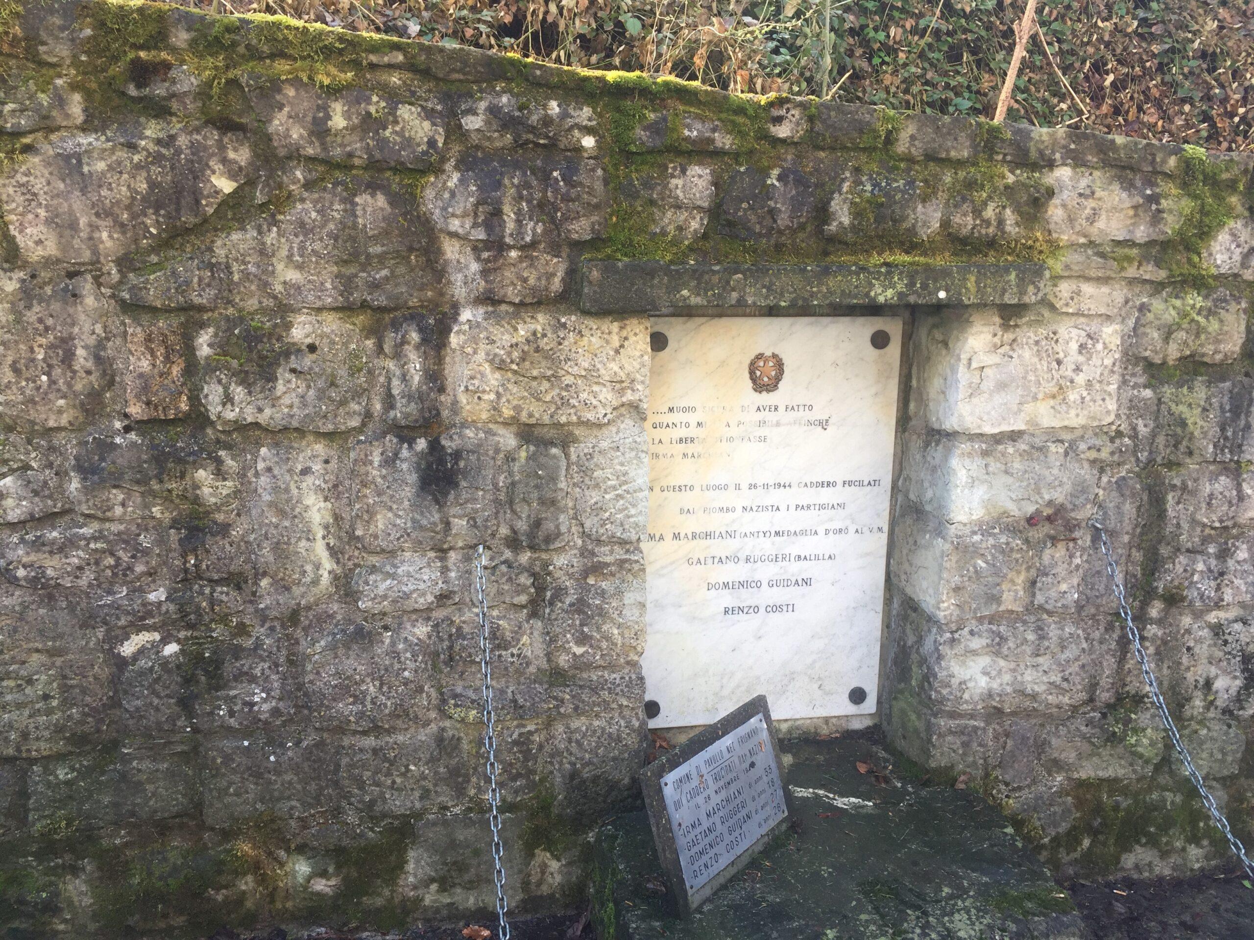 Il luogo della fucilazione di Irma Marchiani, Renzo Costi, Domenico Guidani e Gaetano Ruggeri è oggi indicato da un monumento